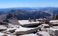 Mount-Whitney-summit